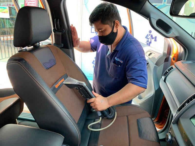 Clean4U. Car interior cleaning. การทำความสะอาด